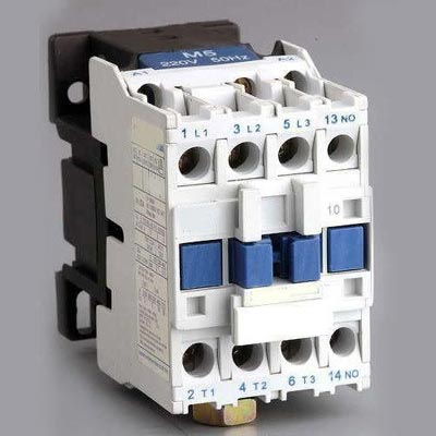 Different Types of Relays and Conactors - Contactor vs Relay